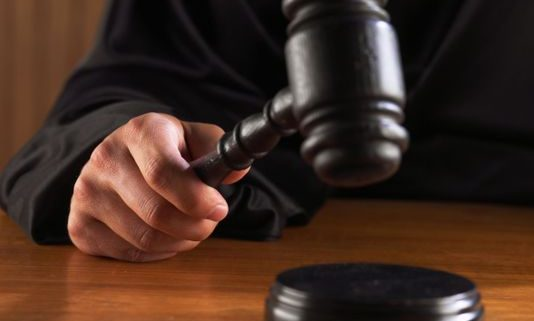 635784564793146595-judge-hitting-gavel-ThinkstockPhotos-78397123